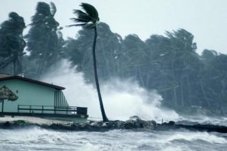 hurricane-floyd.jpg.adapt.945.1